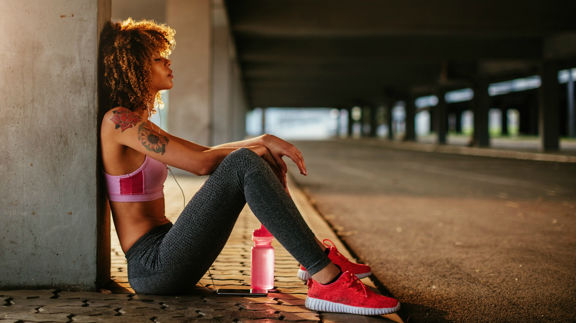 Essential Tips When Shopping for Yoga Clothes Online