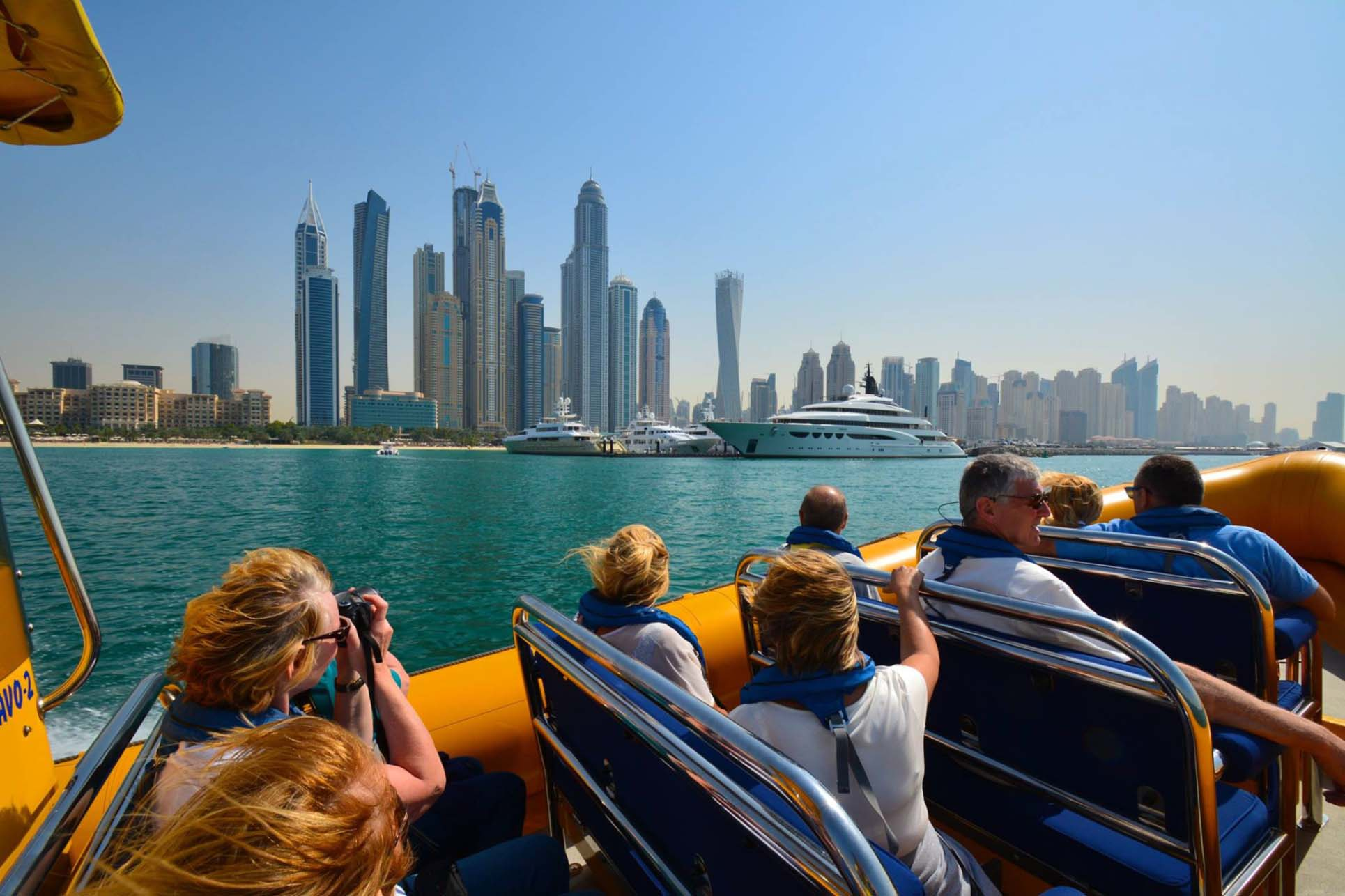 How to Travel in Dubai at Low Budget