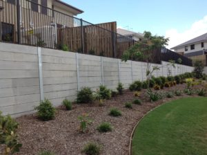 Light Weight Natural Looking Precast Concrete products: Retaining Wall Blocks